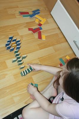pestas les domino naturels
