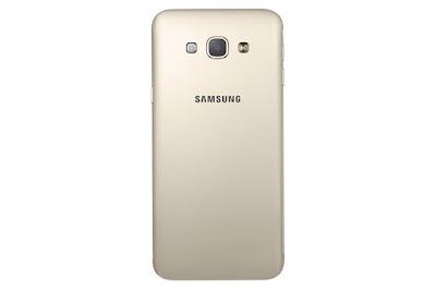Bagian Belakang HP Samsung Galaxy A8