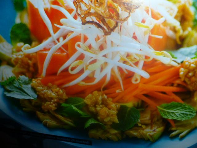 Cucina vietnamita insalata di fiori di banano for Cucina vietnamita