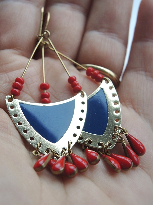 free tutorial for colourblocking earrings / gratis tutorial voor colourblocking oorbellen