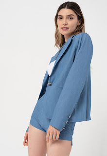 Amazing - Дамско Сако с джобове встрани