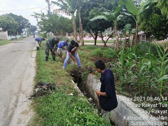 Jaga Keindahan Wilayah Binaan, Personel Jajaran Kodim 0208/Asahan Ajak Warga Laksanakan Gotong-royong