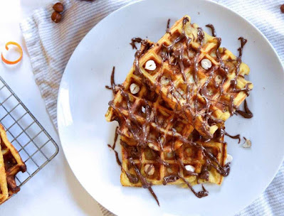 Butter Waffles with Chocolate Hazelnut filling Recipe