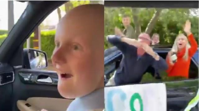 Menina termina quimioterapia e é homenageada pelos vizinhos