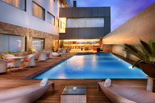 Pool SwissBel Hotel Harbour Bay