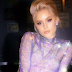 H Zara Larsson τραγουδά μαζί με τα alter ego της στο video clip του «All The Time»