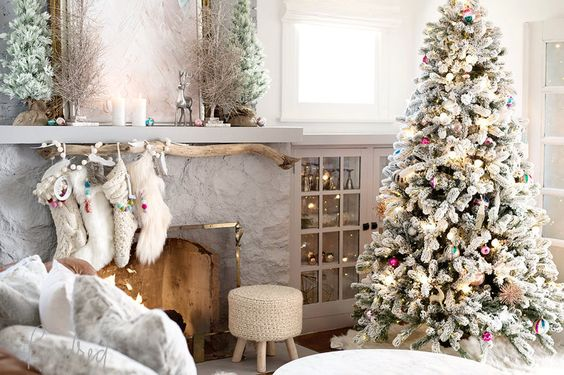 Romantic Farmhouse Christmas holiday decorating shabby chic