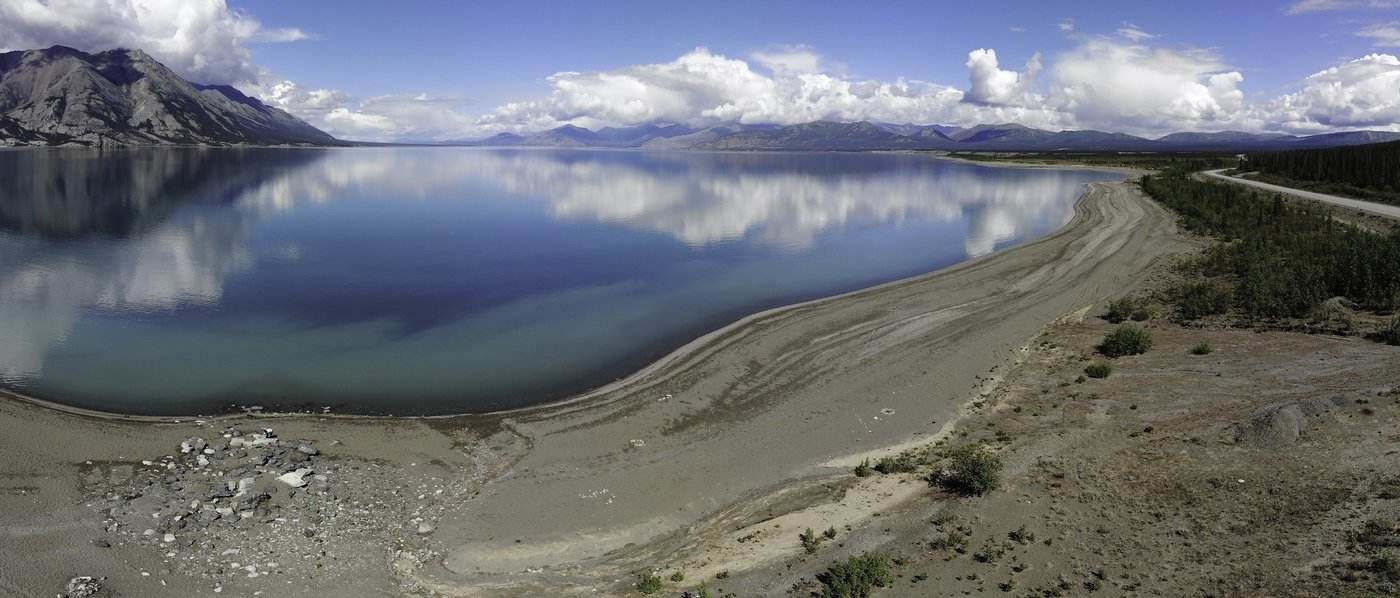 kluane lake - 8 spectacular lakes to visit in Canada in 2019