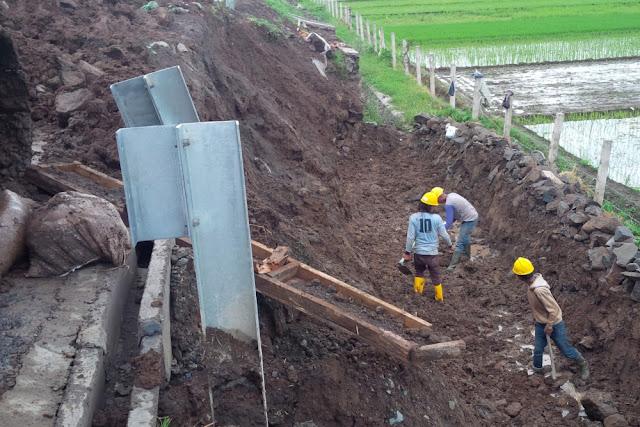 Tol Baru Sudah Ambrol, Gerindra Singgung Pengerjaan Infrastruktur Terburu-buru demi Elektoral