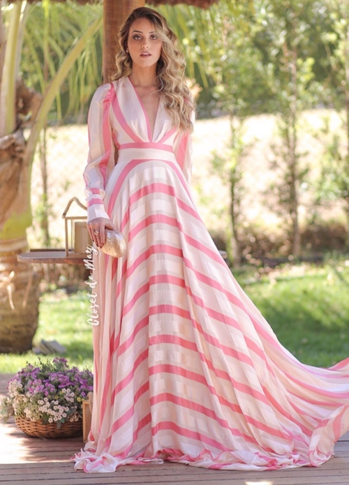vestido esvoaçante manga longa