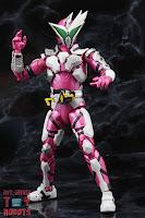 S.H. Figuarts Kamen Rider Jin Flying Falcon 16