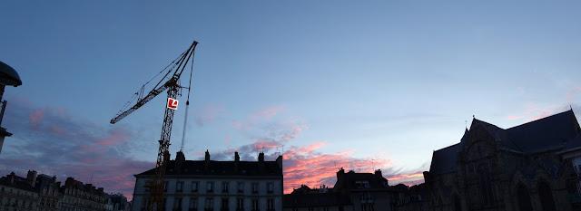 Un joli coucher de soleil sur la Place Saint-Germain - 23 Juin 2019 - Photo Erwan Corre