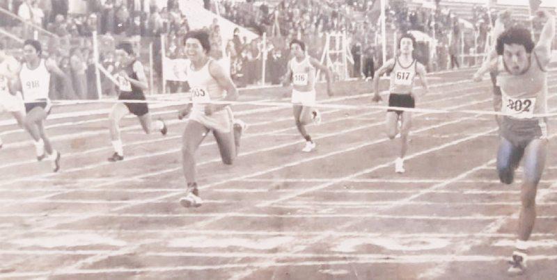 Héctor Fernández desafía al crack de la Roja por duelo atlético de 1975