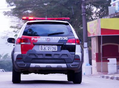 Polícia Militar prende homem logo após furto de farmácia