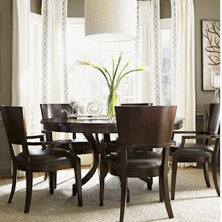 Baers Kensington Place Six Piece Dining Set with Round Table and Leather-Upholstered Arm Chairs