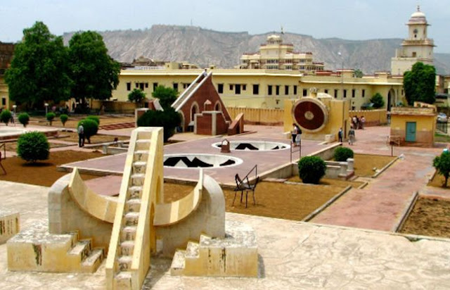 Jaipur Attraction : Jantar Mantar Jaipur