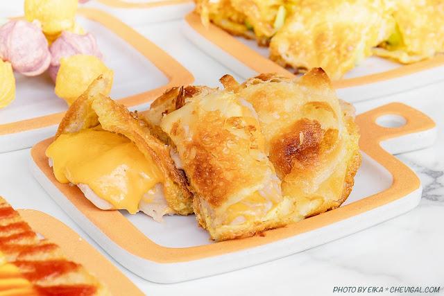 MG 7302 - 熱血採訪│台中人氣炭烤吐司,多達18種口味任你挑!還有18款酥皮蛋餅,連日式炸蝦都被包進來啦!