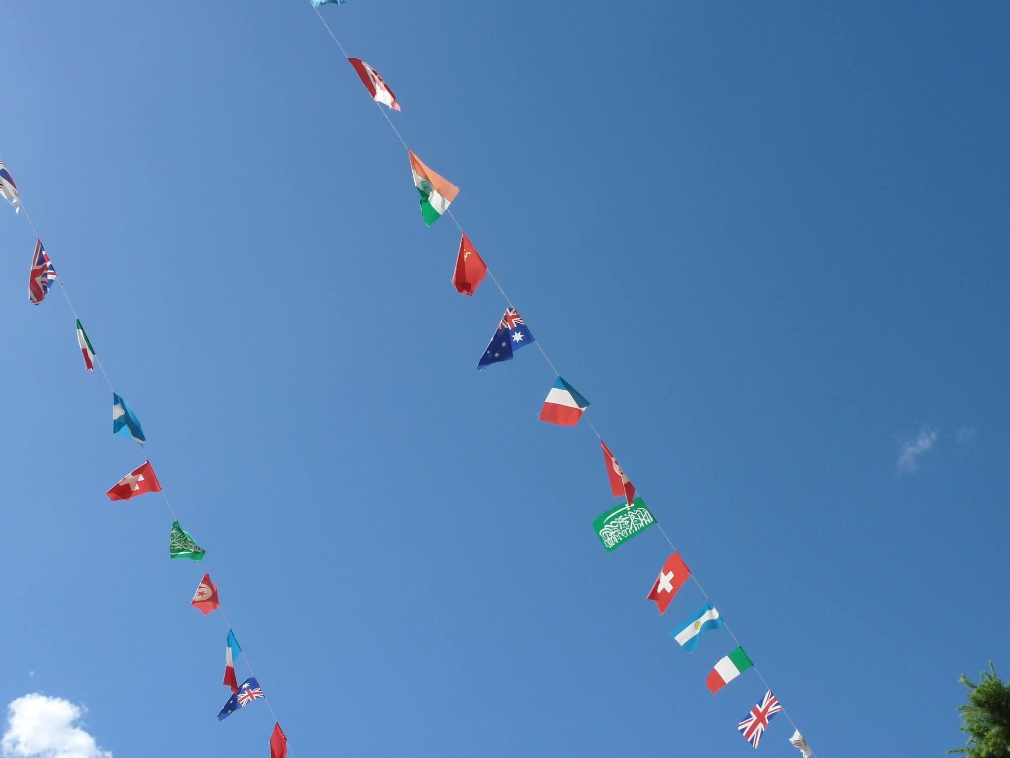 万国旗のイメージ