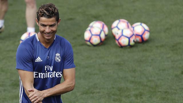 Cristiano Ronaldo Tập luyện để quên đi nỗi buồn