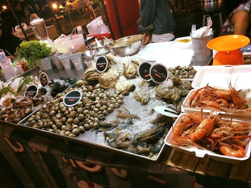 ขายอะไรดีตลาดนัด ขายอาหารทะเล