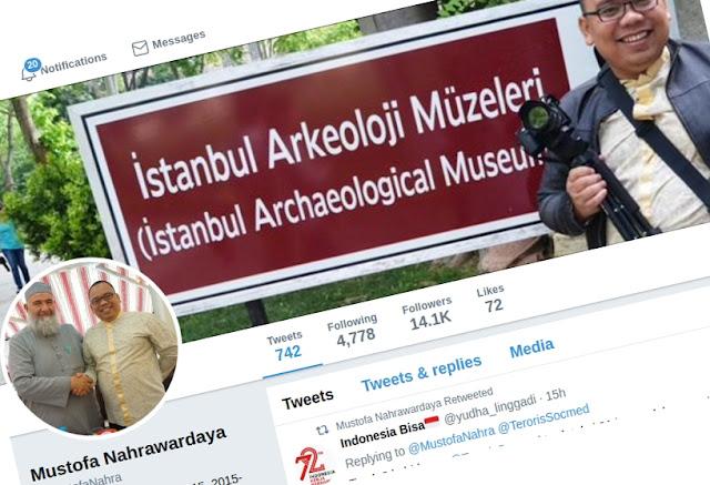 Akun twitter @MustofaNahra telah dicuri dan digunakan untuk melancarkan aksi pemerasan serta fitnah