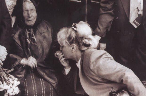 Mulher se consultando com a vidente