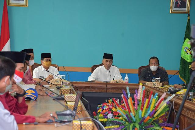 Bupati Natuna Memimpin Rapat Pembubaran Panitia HUT ke 76 Kemerdekaan RI