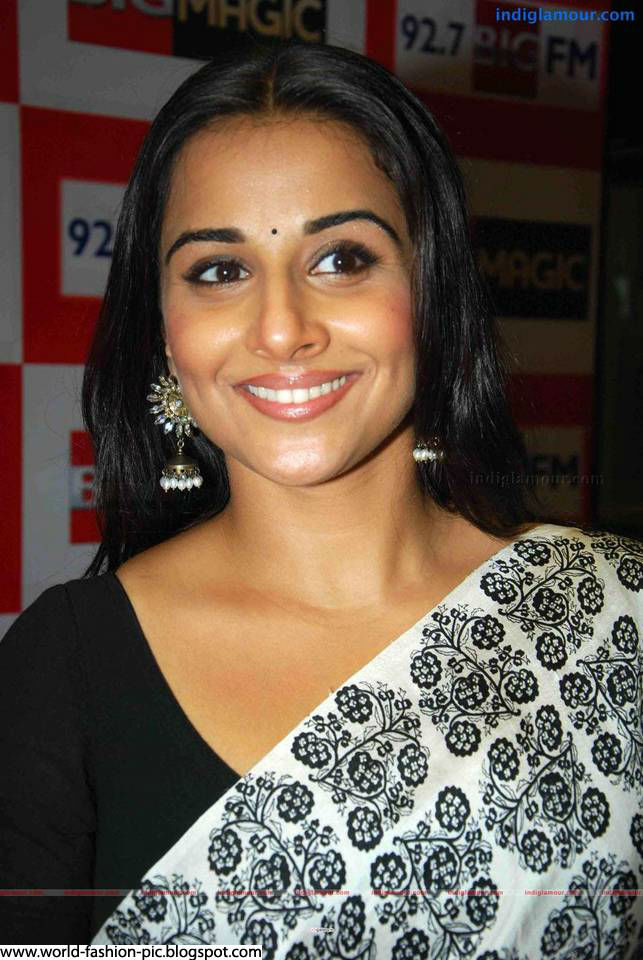 Bollywood Actress Vidya Balan -Indian Fashion-4253