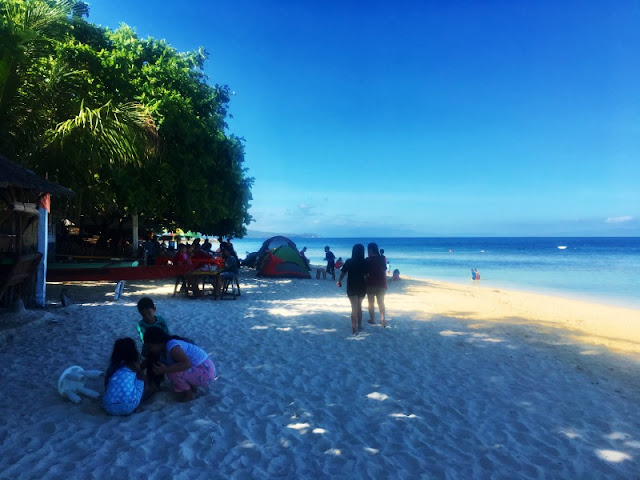Lambug Beach is one of the best beach destinations in south Cebu. Situated before reaching Kawasan Falls in Badian Cebu
