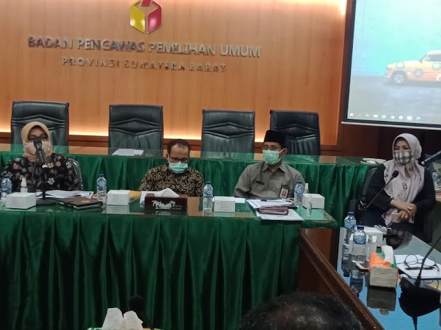 Untuk Pelaksanaan Pilkada ,Bawaslu Sumbar Gelar Rapat Koordinasi | dutametro