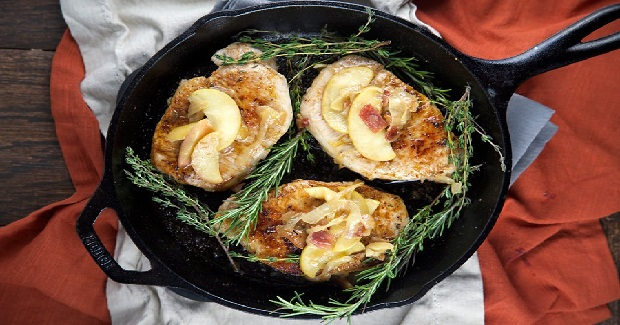Pork Chops With Spiced Apples Recipe