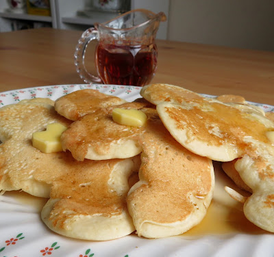 Ma's Pancake Men for Pancake Day