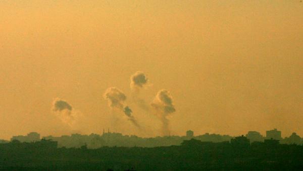 Bombarderos israelíes atacan localidades de la Franja de Gaza