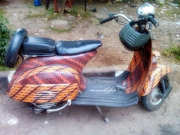 foto modifikasi vespa airbrush batik