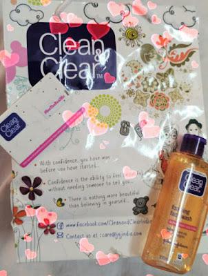 Clean & Clear Foaming Facewash- Improved Formula 2