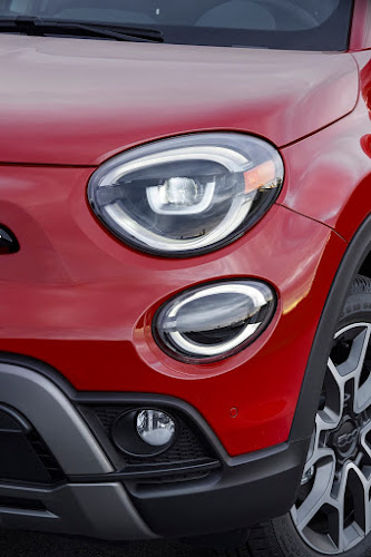 2019 Fiat 500X Headlights