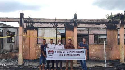 Forum Otto Ranah Minang Korwil Dharmasraya Peduli dan Berbagi ke Ponpes Nurul Iman