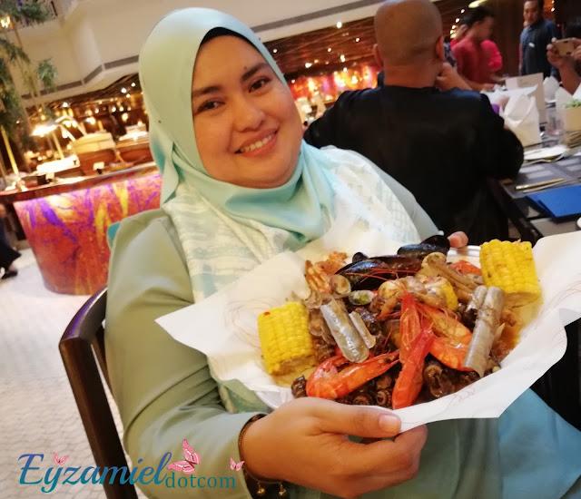 """Buffet Ramadhan 2018 : Sheraton Imperial Kuala Lumpur memperkenalkan menu """"Ramadhan Chefs Out"""" untuk Buffet Ramadan tahun ini"""