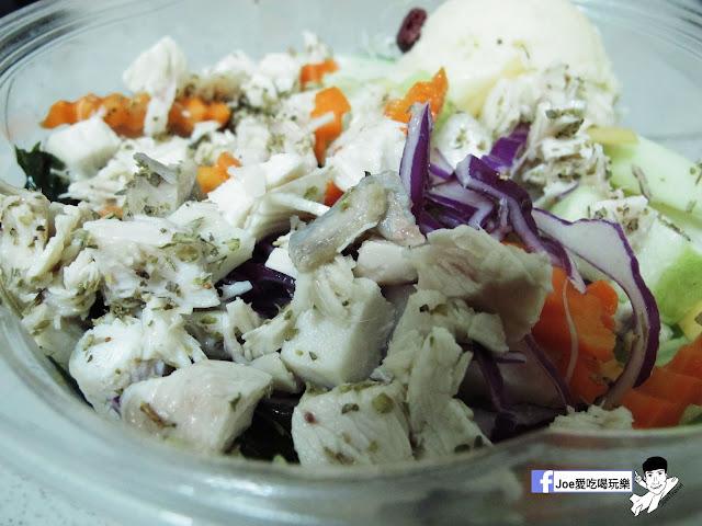 IMG 2822 - 【台中美食】不只是沙拉 ,咖哩 、 沙拉、 輕食專賣店,外食新主意, 均衡營養的沙拉配菜,運動完之後的首選輕食