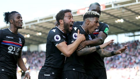 Crystal Palace ăn mừng chiến thắng