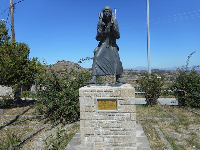 """Ο Πολιτιστικός Σύλλογος Πενταλόφου Κοζάνης τιμά τις αφανείς ηρωίδες του χωριού, τις γυναίκες της """"Πίνδου"""""""