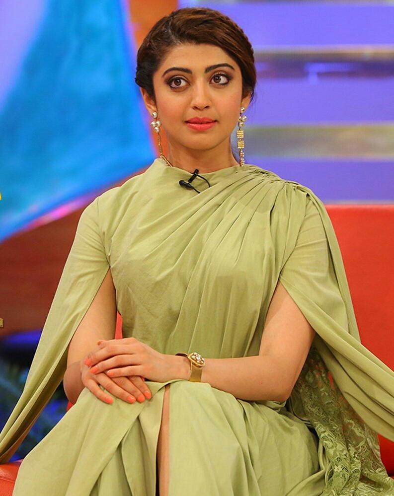Actress pranitha subhash in memu saitham photos