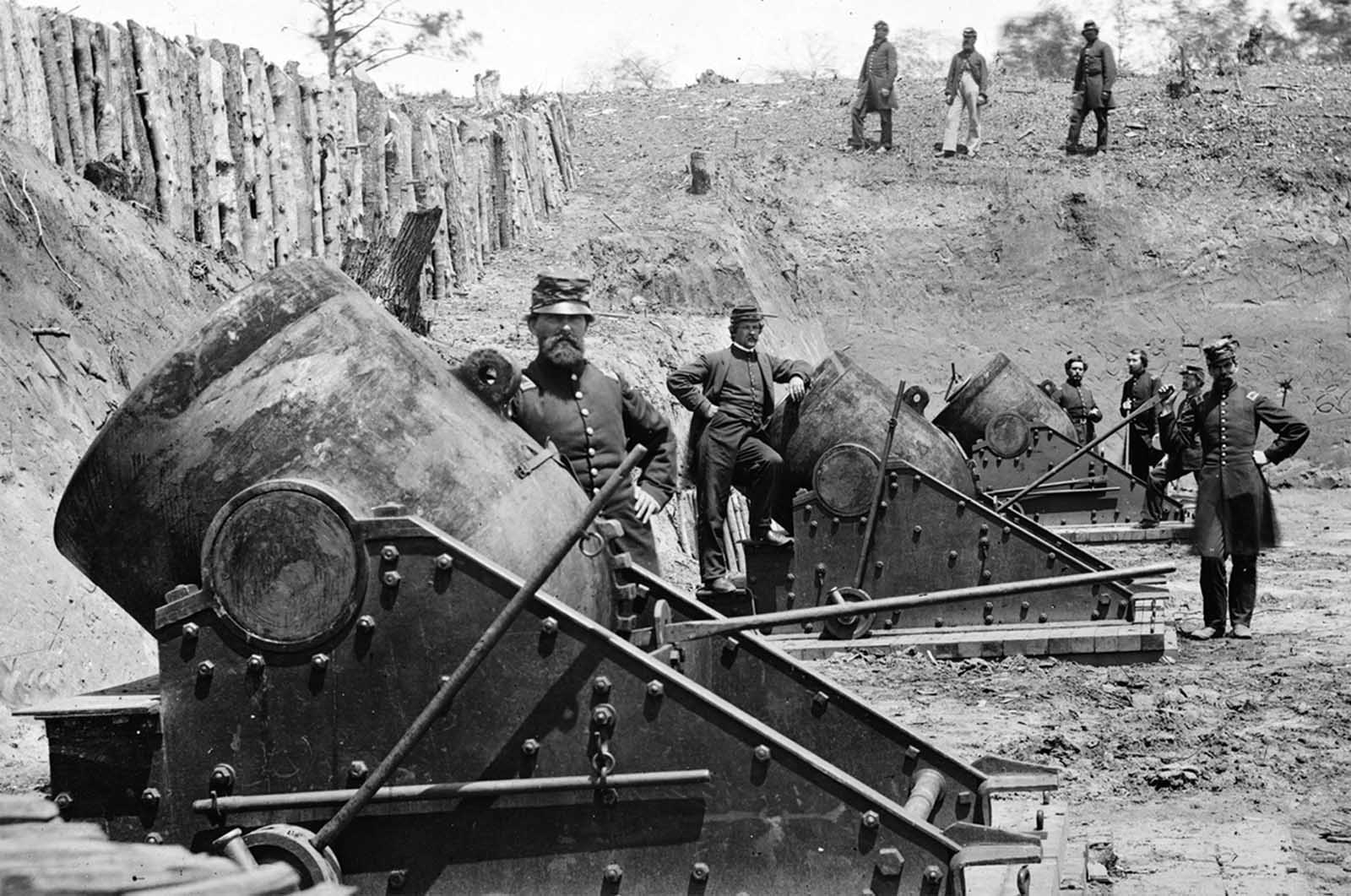 13-inch seacoast mortars of Federal Battery No. 4 with officers of 1st Connecticut Heavy Artillery, near Yorktown, Virginia in May of 1862.