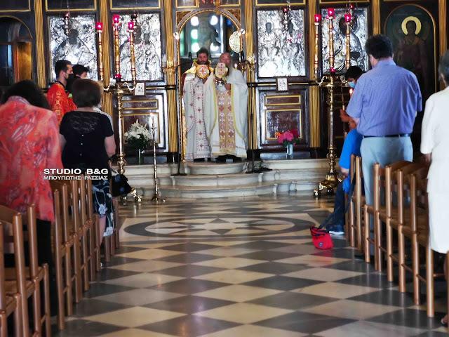 Η Κυριακή της Πεντηκοστής στην Αγία Τριάδα Πρόνοιας Ναυπλίου
