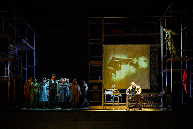 Weill: The Silver Lake -  Ronald Samm - English Touring Opera (photo Richard Hubert Smith)