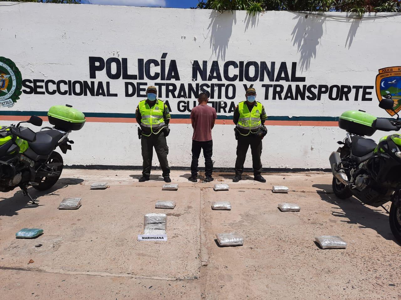hoyennoticia.com, Traía 13 kilos de marihuana para Riohacha