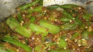 Bhindi Masala Recipe Restaurant Style In Hindi  (2020) ढाबा स्टाइल चटपटी भिंडी मसाला बिल्कुल हिंदी में
