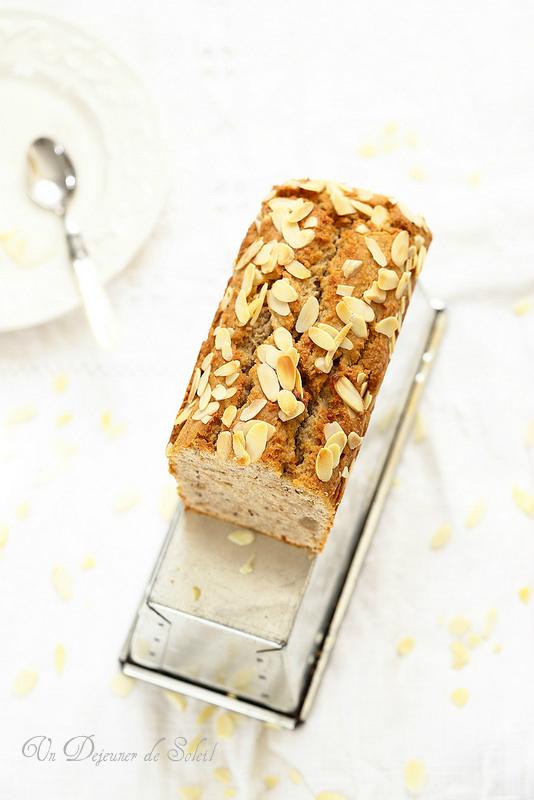 Cake fondant à la pâte d'amande