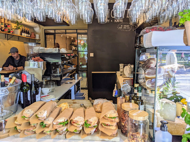 Where to eat in Bergen: Kaigaten Cafe