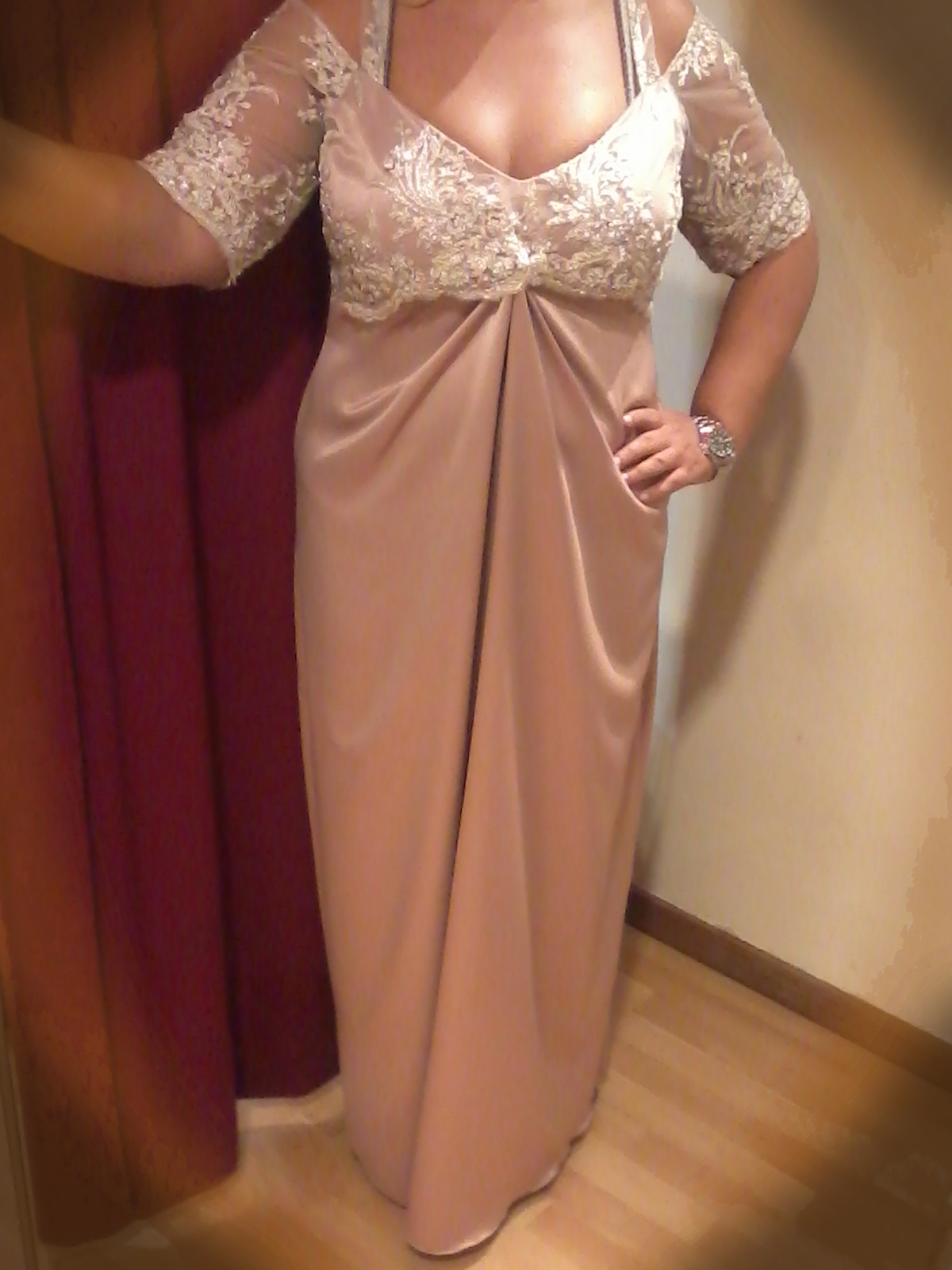 9cdffb665b17 Επίσημα βραδινά φορέματα κατά παραγγελία στο Περιστέρι Dresses Plus Size -  www.modistres.gr